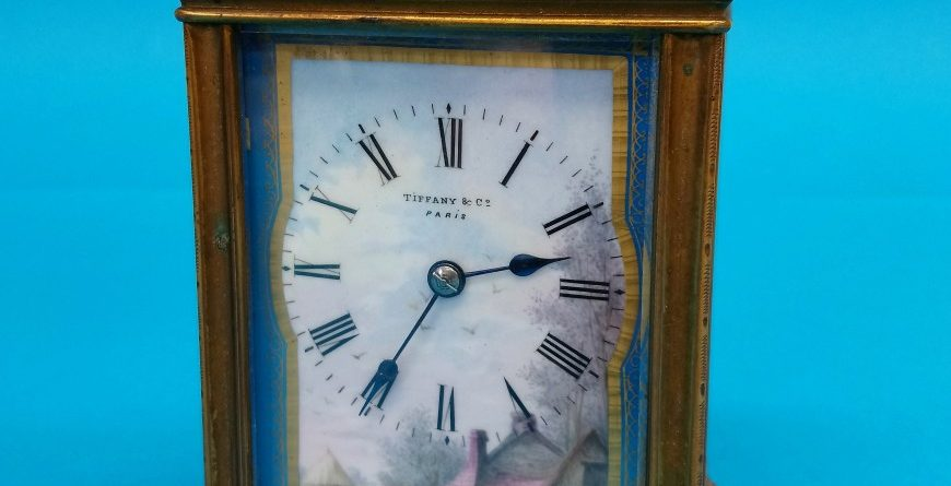 Antique Gold Clock for Sales in Newcastle area